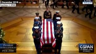 Papa G.W. Bush funeral service (foto C-Span)