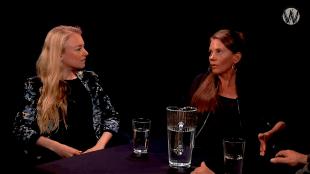 Sanne Terlingen & Saskia Stolz bij Café Weltschmerz (foto YouTube)