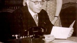 Burgemeester Cort van der Linden (foto RHC Groninger Archieven)