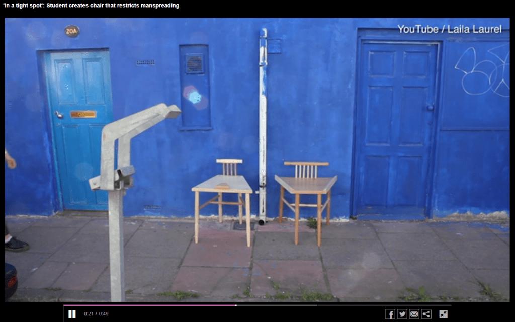 De omstreden stoelen van Laila Laurel (screenshot)