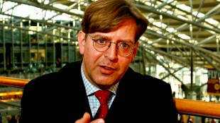 Dr. Udo Ulfkotte, the former German newspaper editor whose bestselling book exposed how the CIA controls German media, has been found dead, he was 56 (foto NewsPUNCH)