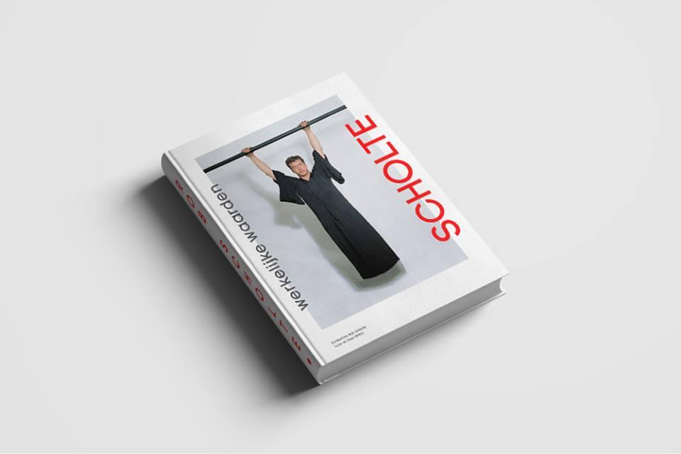 Het roofboek, dat Jaap Holtzapffel uitgaf over Rob Scholte (foto Facebook)